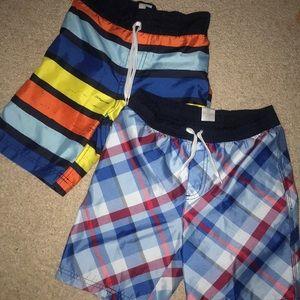GYMBOREE boys swim trunks lot (Size 6)